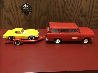 Vintage Tonka Red Jeep Wagoneer, Trailer And Yellow Corvette 1960's