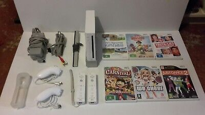 Nintendo Wii Console, Controllers, Nunchucks, Leads/Accessories & 6 Games, VGC.
