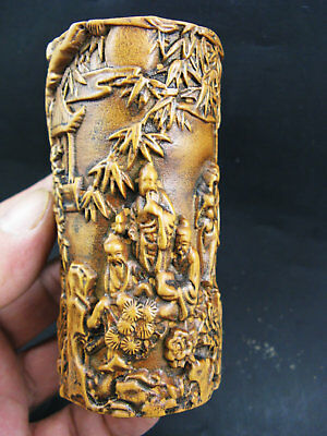 Antique chinese Old Boxwood Hand-Carved Bamboo Plum flower Person Brush Pot