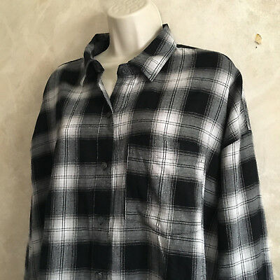 3cee9ac1 Old Navy Large Plaid Shirt Top Black Gray White Womens Button Down Buffalo