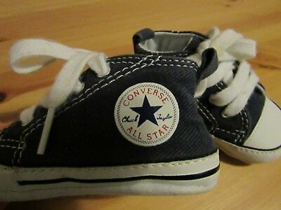 Baby Navy Converse All Stars Crib Shoes Infant Size UK 2 (Boy or Girl)