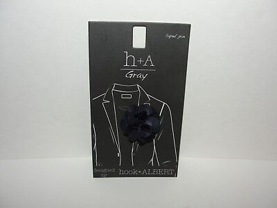 New Genuine Hook & Albert Boutonniere Small Floral Navy Blue Lapel Pin MSRP $25