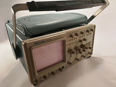 Tektronix 2445A 4 Channel 150MHz Oscilloscope with manual