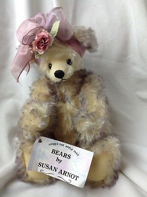 Vintage Susan Arnot Bear Mohair Bear in Excellent Condition