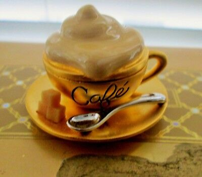 Estee Lauder Cafe Latte Coffee Cup Saucer Beautiful Solid Perfume Compact