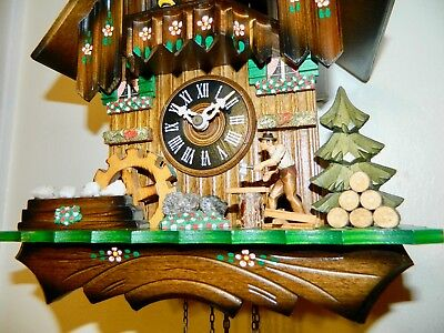 *** Vintage  Animated Hand Painted Musical Black Forest  Cuckoo Clock**
