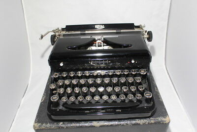 "Royal Model ""O"" Typewriter"