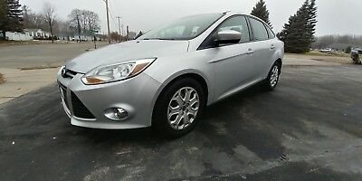 2012 Ford Other  2012 Ford Focus SE sedan loaded extra clean
