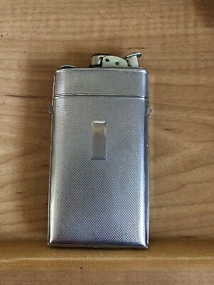 VTG EVANS CIGARETTE LIGHTER & CIGARETTE CASE COMBINATION Pat. Exp. June 12, 1952