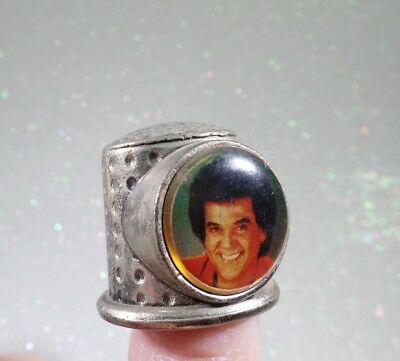 Collectible Vintage Thimble CONWAY TWITTY  Metal with picture