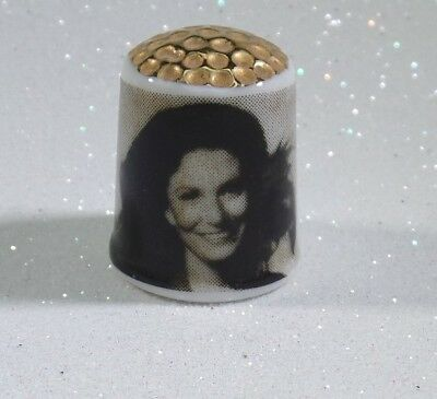 Loretta Lynn Collectible Thimble: Vintage Glass w/ Picture.