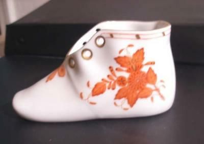 Herend Baby Shoe - Chinese Bouquet Pattern - Rust