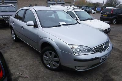 Ford Mondeo 1.8 Silver SALVAGE DAMAGED REPAIRABLE