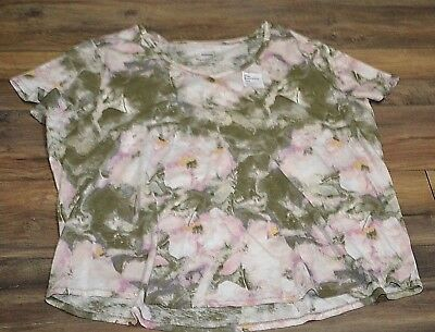 4cf71e96aa9 Sonoma The Everyday Tee Short Sleeve Plus Size T-Shirt V Neck Pink Floral