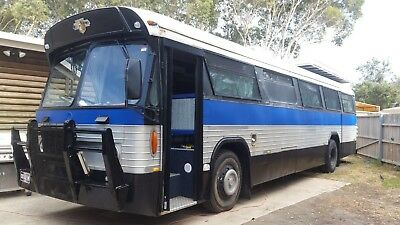 BUS MOTORHOME 1965 Leyland Leopard bus motorhome with 454 big block chev  engine