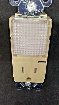 Legrand TM8HWLTRICC6 Combo Hall Light Tamper Resist Receptacle IVORY FREE SHIP