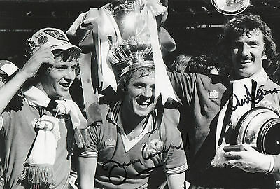 ALEX STEPNEY & GREENHOFF Signed In Person 10X8 Photo MANCHESTER UTD Proof COA