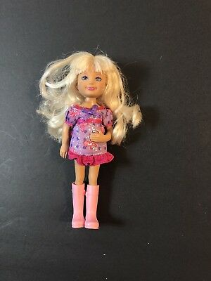 "Barbie little sister Chelsea 2010 doll -Blonde Hair outfit 5.5"" VGUC Rubber Boot"