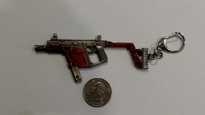 THOMPSON SUBMACHINE GUN** ( Tommy Gun** 9-MM )**KeyChain