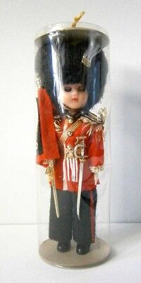 VINTAGE HARD PLASTIC COSTUME DOLL QUEENS GUARD MINT in CYLINDER