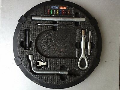 Mercedes S-Class W220 - Compete Tool Kit - A2205800005 / 2205800005