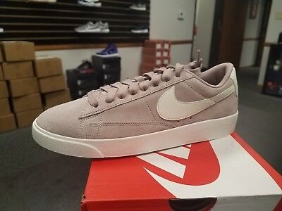 hot sales d541c 84bf3 Brand New In Box Women Wmns Classic Iconic Nike Blazer Low Sd Av9373-200  Taupe
