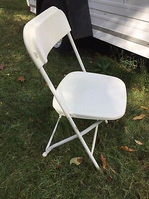 Set Of 5 Samsonite White Plastic Folding Chairs Stackable Picnic Party USED