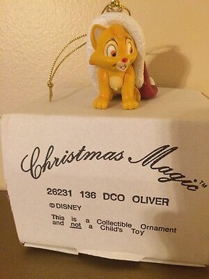 Grolier Christmas Magic Disney Oliver Ornament DCO NEW IN BOX 26231 136