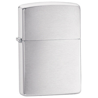 ZIPPO Classic Brushed Chrome Windproof Lighter - New In Box