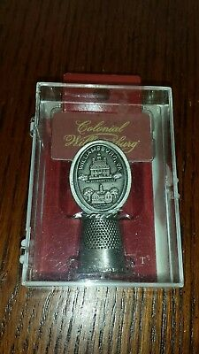 NIP~HI-relief Colonial Williamsburg Pewter Thimble with topper~Governor's Palace