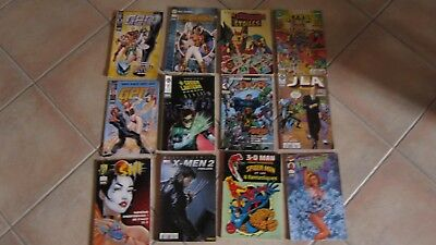Lot de 12 comics divers