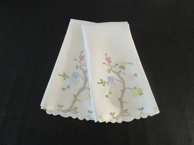 Fine Vintage Linen Hand Embroidered Guest Towels /Tree/Flowers