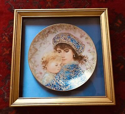 "Framed Knowles Collectors plate # 3047F "" Catherine & Heather"" Edna Hibel 1987"