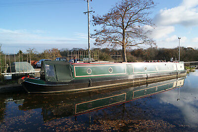 August - 60 foot traditional stern narrow boat IDEAL LIVE ABOARD