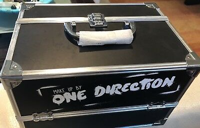 One Direction Make Up Tour Train Case Black With World Stickers