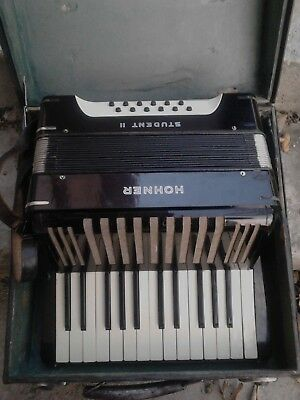 German Black 12 Bass Old Accordion Hohner Student Ii + Original Case