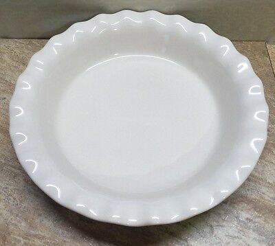 CORNING WARE ETCH Pie Plate Red W/ White Ruffle Edge