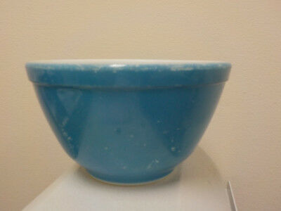 """Vtg Pyrex BLUE Nesting Mixing Bowl Small 5.5"""" No. 401, 1.5 PINT, Primary Colors"""
