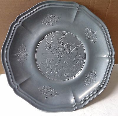 Charger Wall Plate Pewter Originale Tre-Effe Floral Pattern circa 1900s