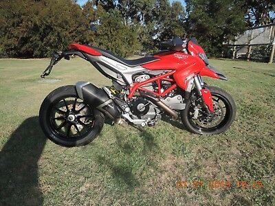 DUCATI HYPERMOTARD 2014 821cc GREAT RACE TRACK BIKE OR STUNT PROJECT CHEAP