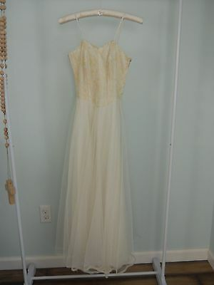 Vintage Antique Prom Dress Cream Lace Tulle and Taffeta Shabby Chic Style