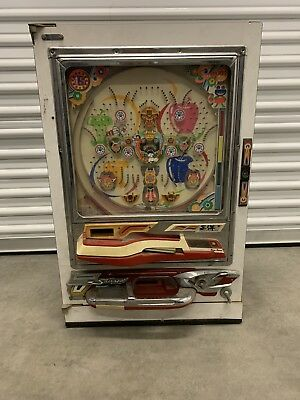 Sanyo Comet II Pachinko Machine Made In Japan w/ Balls Rare