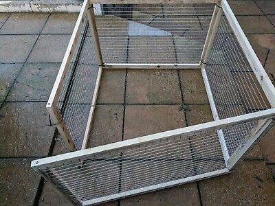 POULTRY PANELS 3FT x 2ft - 4pk Chickens Hens Rabbits Puppy