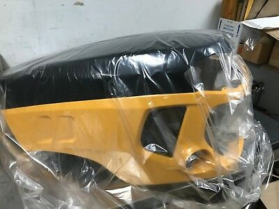 Hood for Yanmar SX3100 Tractor, New with cracked of hood mount