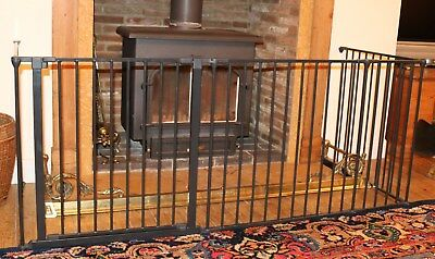 Babydan fireguard/room divider in excellent condition!