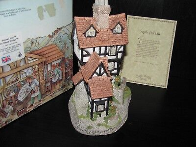 David Winter Cottage Squires Hall from the Main Collection Signed w/COA