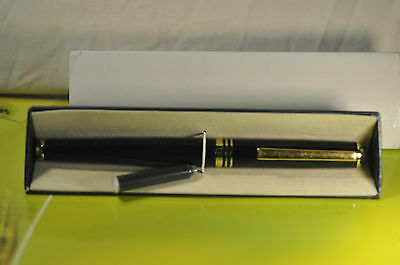 """Vasuo""  Large Vintage Japanese Metal Black Laquer&GT Fountain Pen c.1972's"