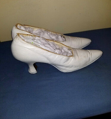 Antique Edwardian Victorian Era 1800's Women's White Leather Granny Shoes