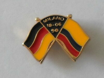 pin's FOOTBALL - coupe du MONDE 1990 - Match ALLEMAGNE - COLOMBIE 19/06/90 MILAN