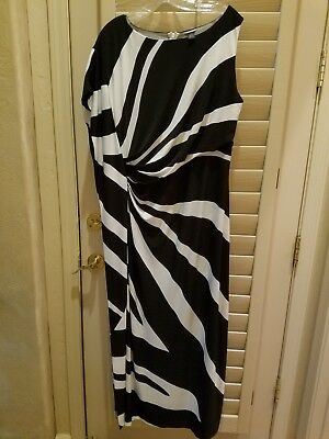 5fd2f0e99b Nwot Chico s Black Label One-Shoulder Maxi Dress Black And White Size 1 (8